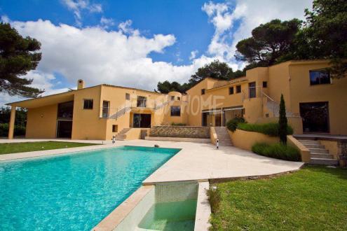 Villa de luxe à vendre MOUGINS, 500 m², 7 Chambres, 2850000€