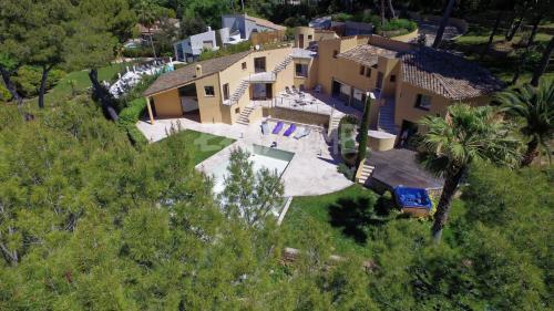 Luxury Villa for sale MOUGINS, 500 m², 7 Bedrooms, €2650000
