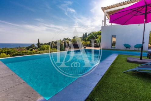 Villa de luxe à vendre LA CROIX VALMER, 187 m², 4 Chambres, 1490000€