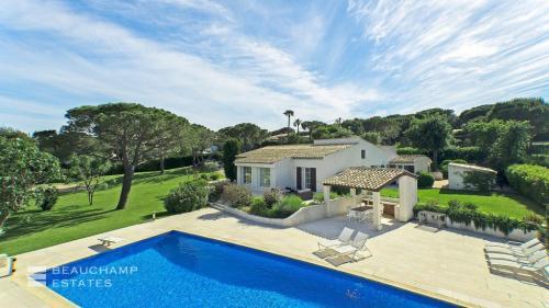 Villa de luxe à louer RAMATUELLE, 180 m², 5 Chambres