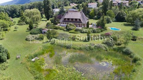 Luxe Villa te koop CRANVES SALES, 300 m², 4 Slaapkamers, 990000€