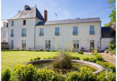 Maison de luxe à vendre SAUMUR, 330 m², 5 Chambres, 650000€