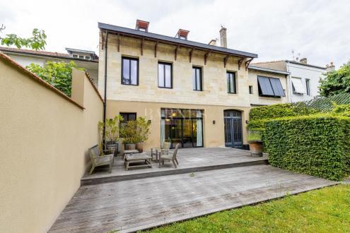 Hôtel particulier de luxe à vendre BORDEAUX, 350 m², 1700000€