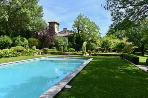 Luxus-Schloss / Herrenhaus zu verkaufen VILLENEUVE LES AVIGNON, 1501 m², 16 Schlafzimmer, 3980000€