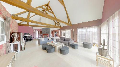 Maison de luxe à vendre SAINT ARNOULT, 280 m², 945000€