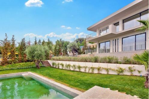 Villa de luxe à vendre ROQUEBRUNE CAP MARTIN, 4280000€