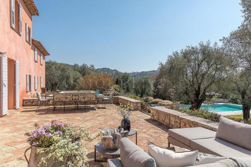Maison de luxe à vendre GRASSE, 280 m², 6 Chambres, 3250000€