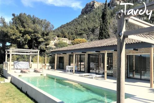 Luxury House for sale CASSIS, 250 m², 5 Bedrooms, €2100000