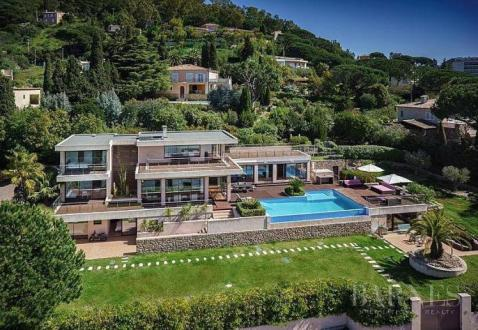 Luxury House for rent CANNES LA BOCCA, 350 m², 5 Bedrooms,