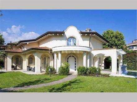 Villa di lusso in vendita FORTE DEI MARMI, 420 m², 8 Camere