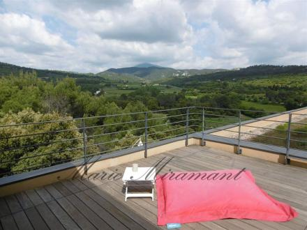 Maison de luxe à vendre VAISON LA ROMAINE, 250 m², 5 Chambres, 999999€