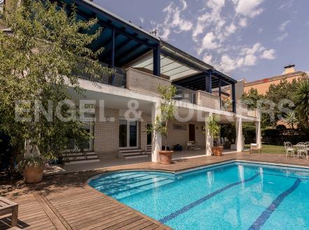 Villa di lusso in vendita Spagna, 884 m², 3500000€