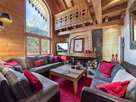 Chalet de luxe à louer MERIBEL LES ALLUES, 160 m², 5 Chambres,