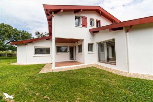 Luxus-Haus zu verkaufen BIDART, 213 m², 5 Schlafzimmer, 1590000€
