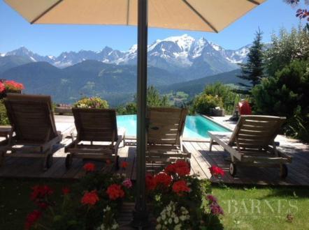 Chalet de luxe à vendre COMBLOUX, 307 m², 7 Chambres, 2700000€