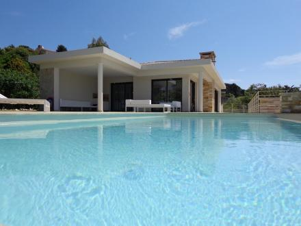 Luxury House for rent LES ISSAMBRES, 200 m², 4 Bedrooms,