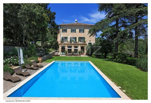 Castello/Maniero di lusso in vendita TARADEAU, 1600 m², 12 Camere