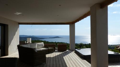 Luxury Villa for sale PORTICCIO, 210 m², 4 Bedrooms, €1280000
