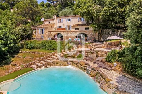 Maison de luxe à vendre VALBONNE, 300 m², 4 Chambres, 998000€