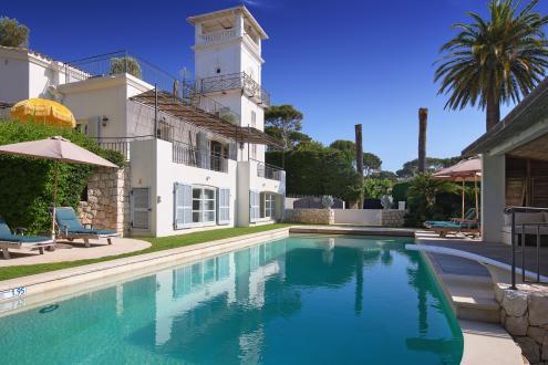 Maison de luxe à louer CAP D'ANTIBES, 400 m², 5 Chambres,