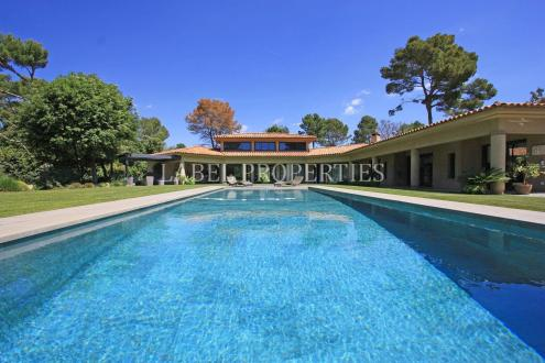 Luxury House for sale MOUGINS, 462 m², 4 Bedrooms, € 4 480 000