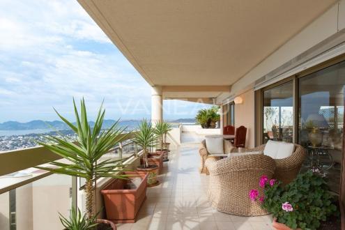 Appartement de luxe à vendre MOUGINS, 159 m², 3 Chambres, 1345000€