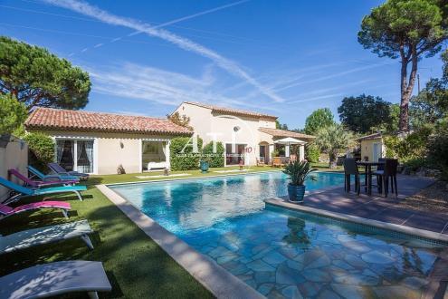 Villa de luxe à vendre PLAN DE LA TOUR, 260 m², 4 Chambres, 1450000€