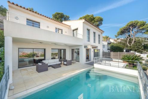 Maison de luxe à vendre MARSEILLE, 232 m², 4 Chambres, 1975000€