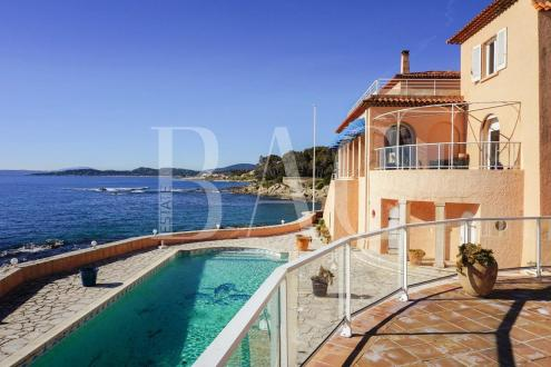 Proprietà di lusso in vendita SAINT TROPEZ, 1000 m², 7 Camere