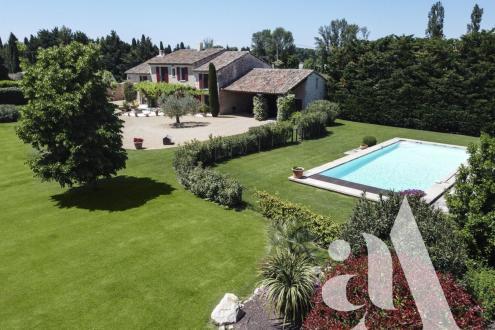 Luxus-Haus zu verkaufen EYGALIERES, 300 m², 5 Schlafzimmer, 1484000€
