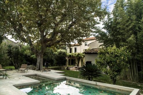 Luxus-Haus zu verkaufen ARLES, 390 m², 9 Schlafzimmer, 1300000€