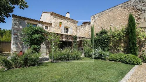 Casa di lusso in affito MAUSSANE LES ALPILLES, 200 m², 4 Camere,
