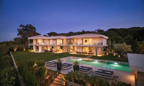 Casa di lusso in affito SAINT TROPEZ, 600 m², 7 Camere,