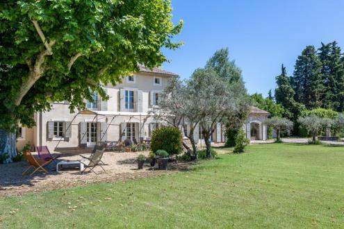 Farm di lusso in vendita L'ISLE SUR LA SORGUE, 360 m², 6 Camere, 1290000€