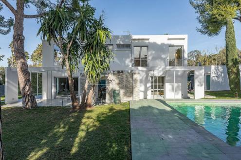 Luxury Villa for sale CAP D'ANTIBES, 260 m², 5 Bedrooms, €4500000