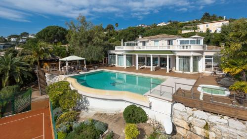 Luxury House for sale VALLAURIS, 380 m², 4 Bedrooms, € 5 500 000