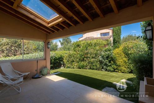 Appartement de luxe à vendre SAINT TROPEZ, 80 m², 2 Chambres, 990000€