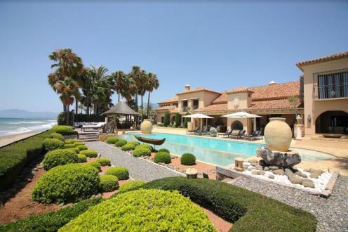 Luxus-Liegenschaft zu verkaufen Spanien, 2100 m², 7 Schlafzimmer