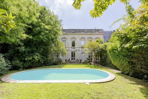 Hôtel particulier de luxe à vendre BORDEAUX, 917 m², 4 Chambres