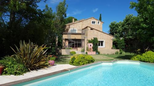 Luxury House for sale PERNES LES FONTAINES, 239 m², 5 Bedrooms, €656000