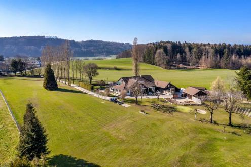 Casa di lusso in vendita Promasens, 460 m², 3590000CHF