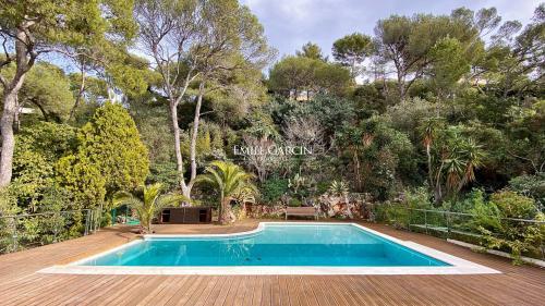 Maison de luxe à louer SAINT JEAN CAP FERRAT, 250 m², 4 Chambres,