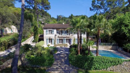 Luxury Villa for sale MOUGINS, 350 m², 5 Bedrooms, €2200000