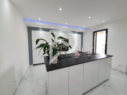 Maison de luxe à vendre GIGNAC LA NERTHE, 140 m², 3 Chambres, 796000€