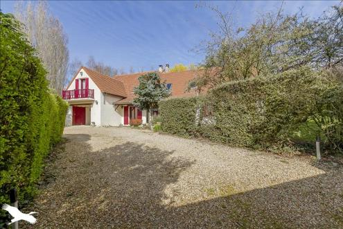 Casa di lusso in vendita HERBEVILLE, 275 m², 6 Camere, 560000€