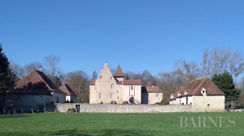 Château / Manoir de luxe à vendre VICHY, 500 m², 6 Chambres, 994000€