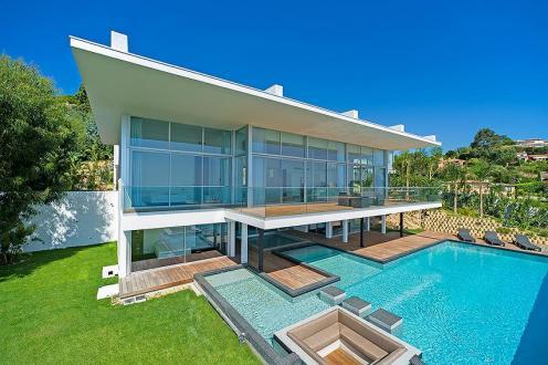 Maison de luxe à louer LE GOLFE JUAN, 428 m², 5 Chambres,