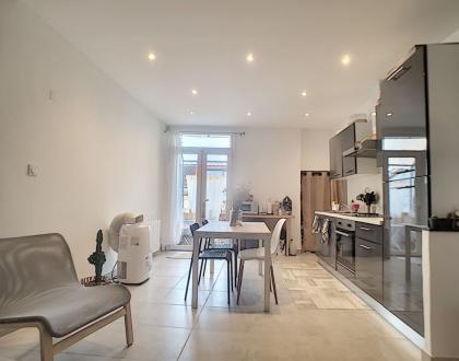 Luxus-Wohnung zu vermieten NOVES, 61 m², 2 Schlafzimmer, 655€/monat