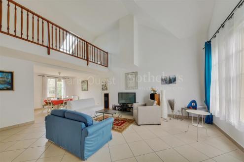 Maison de luxe à vendre SAINT NOM LA BRETECHE, 190 m², 4 Chambres, 840000€