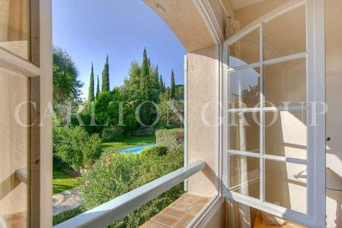 Luxury House for rent MOUGINS, 214 m², 4 Bedrooms,